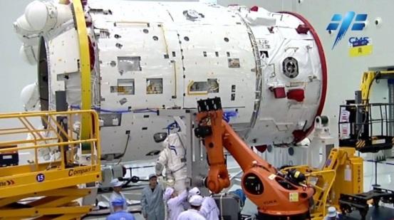 长征五号 B 遥二运载火箭运抵文昌 我国空间站核心舱发射进入倒计时